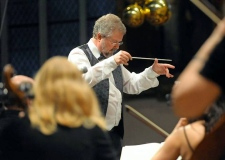 Geoff Davidson conducting the Norwich Pops Orchestra 1st January 2012